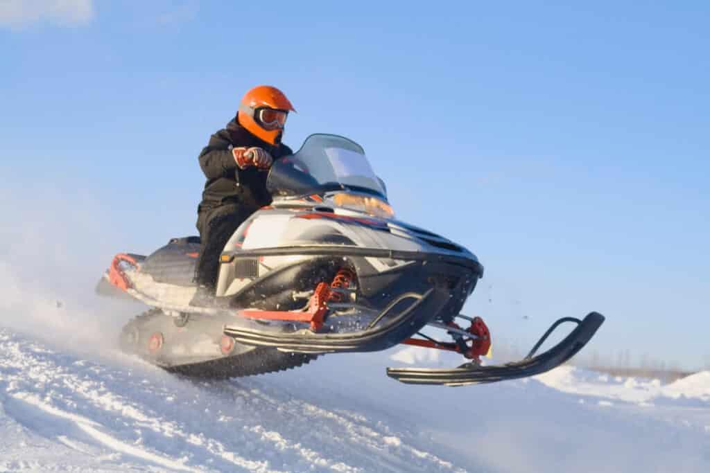 Управление снегоходом, Управление снегоходом курсы, Управление снегоходом обучение