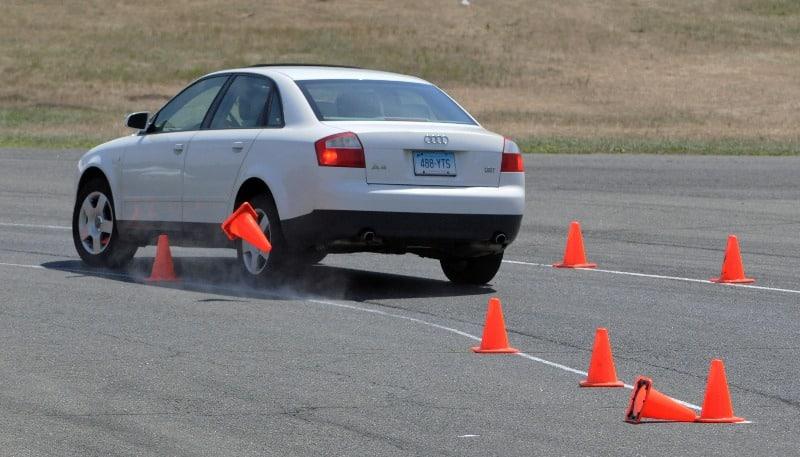 Безопасное защитное вождение, Безопасное защитное вождение курсы, Безопасное защитное вождение обучение