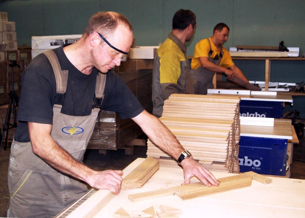 Сборщик изделий из древесины, Сборщик изделий из древесины обучение, Сборщик изделий из древесины курсы
