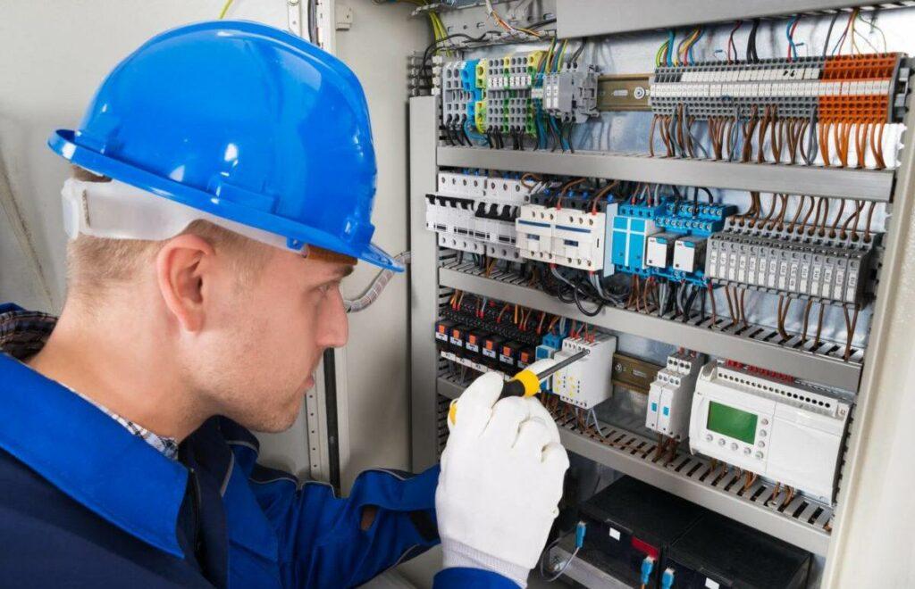 Электробезопасность, подготовка к экзамену Ростехнадзора.