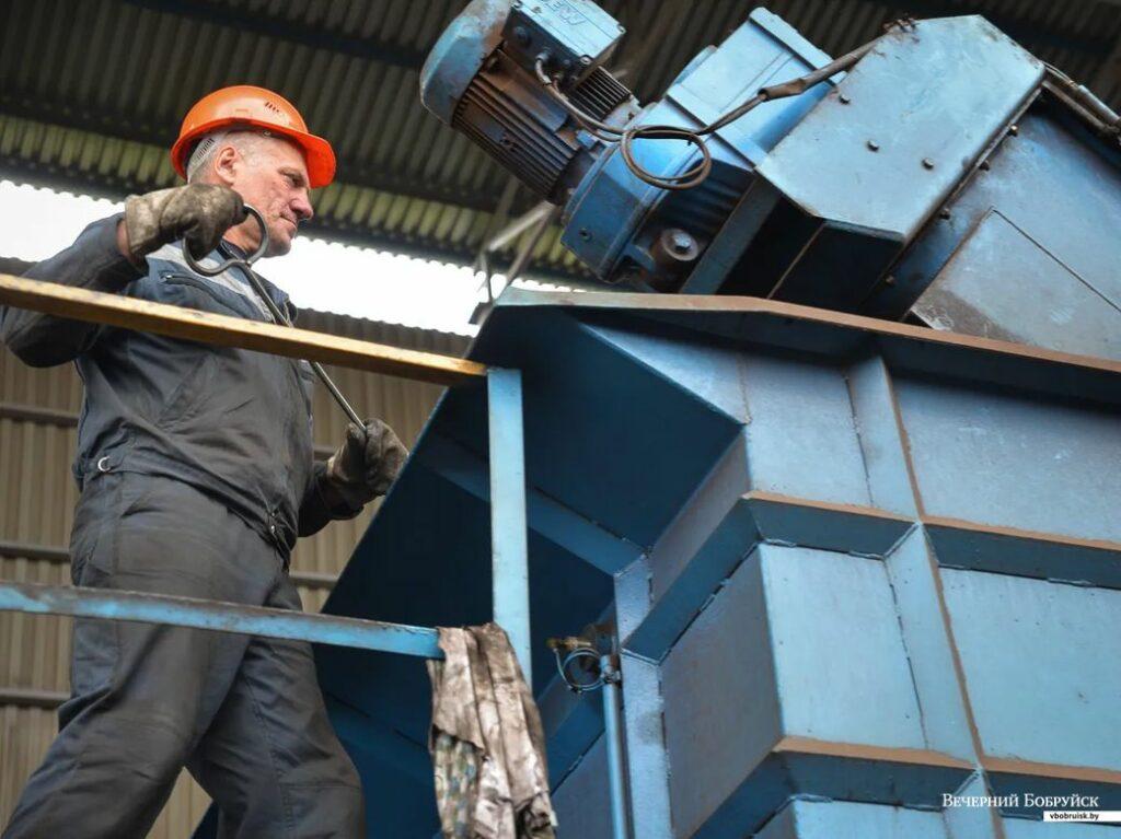 Прессовщик лома и отходов металла, Прессовщик лома и отходов металла обучение, Прессовщик лома и отходов металла курсы